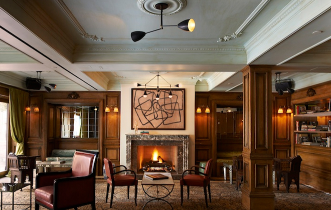The Marlton Hotel's Cozy Living room