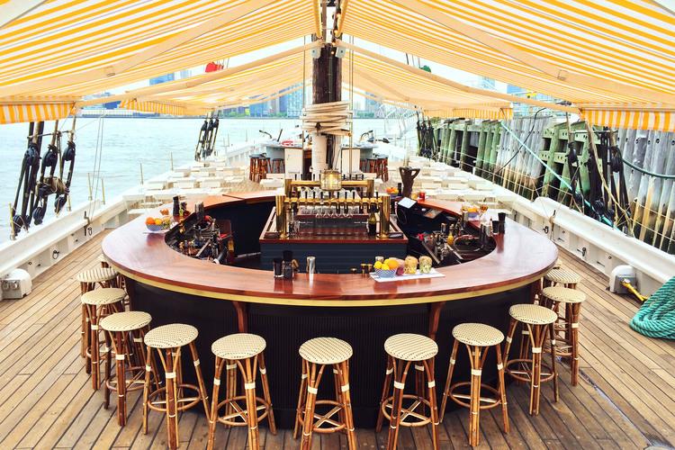 Grand Banks Oyster Bar