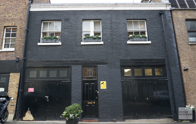 Black painted brick in Mayfair.