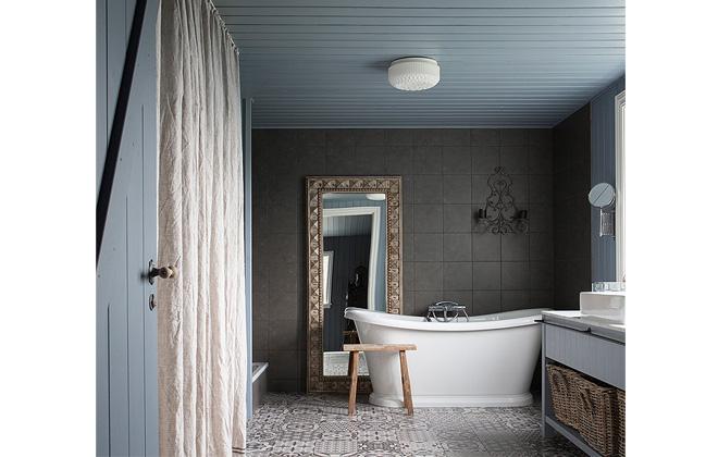 _bathroom-lg